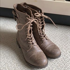 Rampage Combat Boots in Taupe